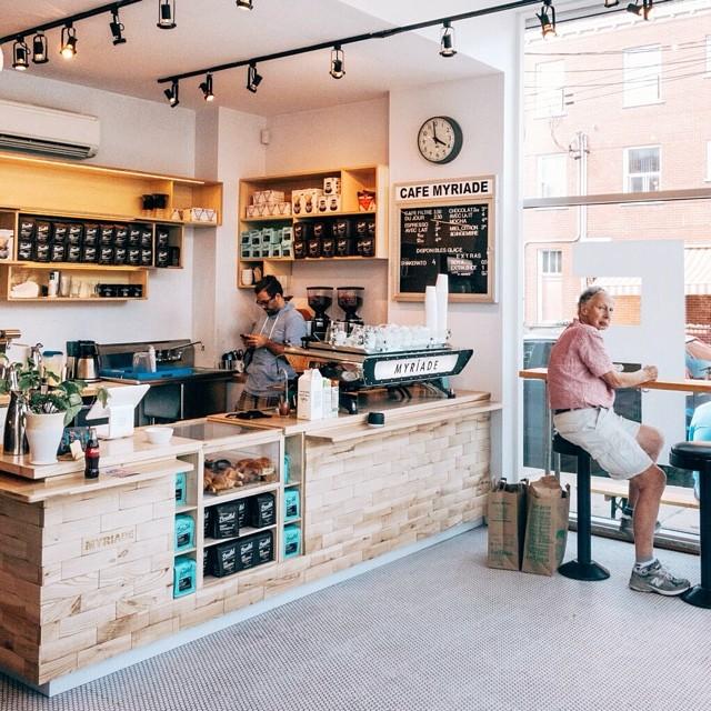 Café Myriade 2 – Photo par Ali Inay